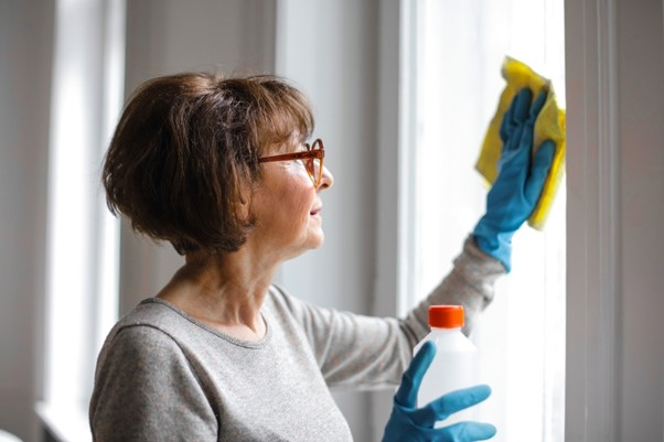 Is Vinegar Good for Cleaning Windows?